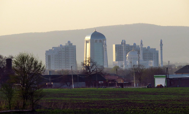 Аргун, Шали, Чечен-Аул. Зиярты и сити Чеченской равнины. Кавказ,дорожное,этнография