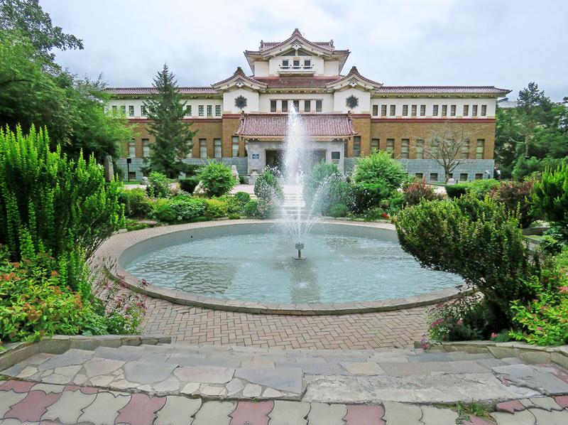 Южно-Сахалинск (Тоёхара). Часть 2: Коммунистический проспект и Дзиндзя-дори