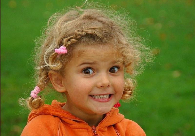 Поздравлением днем, смешные картинки девочек маленьких
