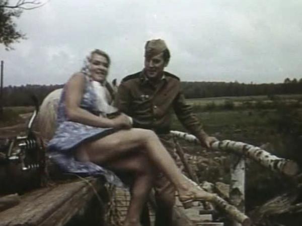 Пухленькую все эротические фото из советского кино как ебут