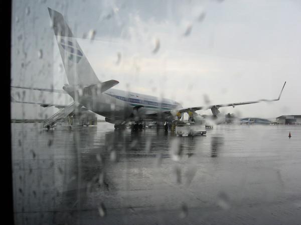 """Греция встречала нас в аэропорту \""""Македония\"""" проливным дождем"""
