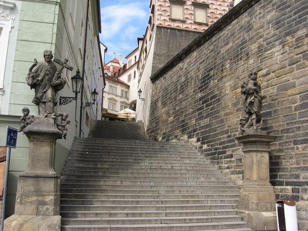 Radnicke schody - еще один типичный пример такой лестницы
