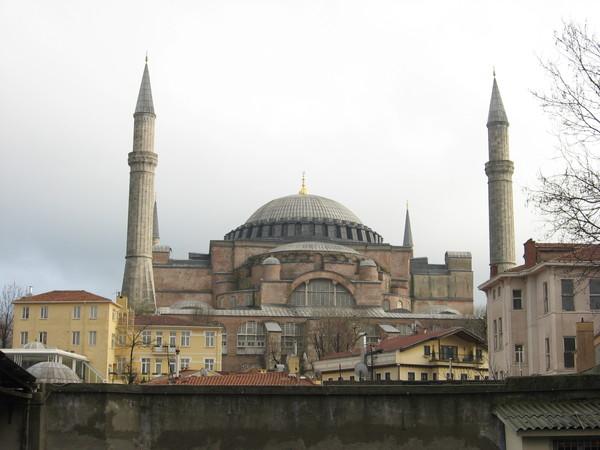 Любой рассказ о Стамбуле должен начинаться с фотографии собора Святой Софии