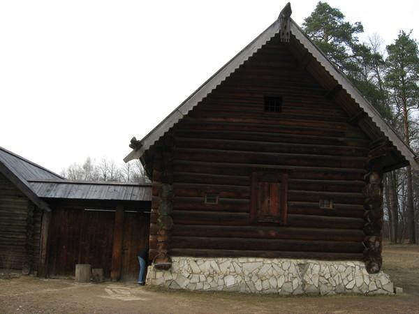 Крестьянский дом