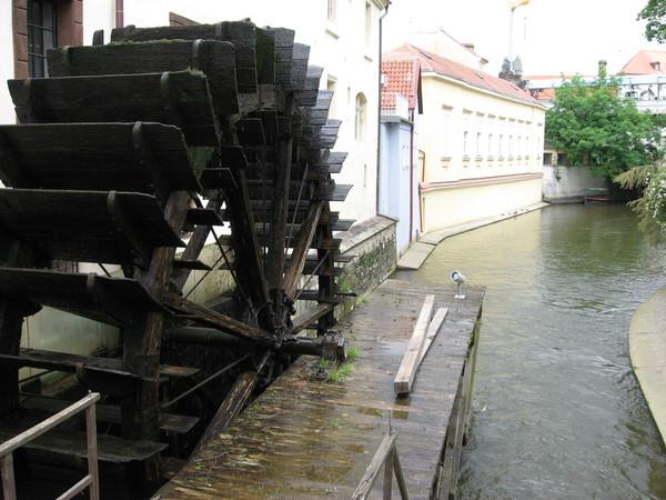 Вот еще одна мельница - Велкопержеворская, заложенная рыцарями-госпитальерами в 1400 году
