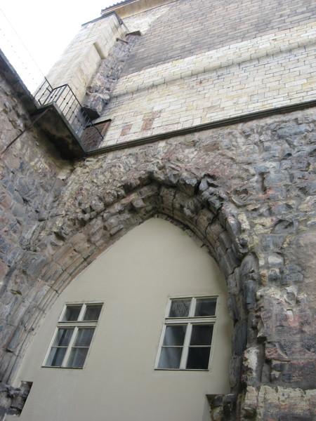 Монахи-воины охраняли Юдитин мост, разрушенный ледоходом в 1342 году