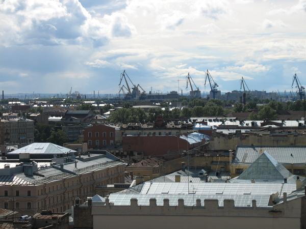 Задачей следующего визита в Питер будет добраться до Балтики и порта