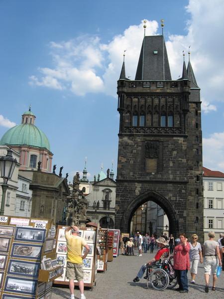 Староместская башня считается одной из самых красивых примостовых башен Европы