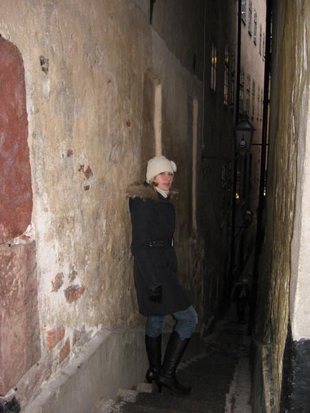 Мортин-Троциг-грэнд - самый узкий переулок Стокгольма