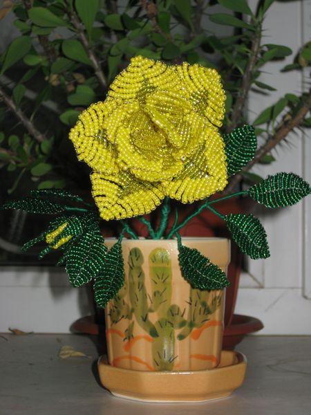Простые цветы из бисера. схема плетения цветов из бисера. схема розы.