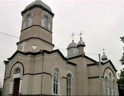 """Biserica """"Sf. Arh. Mihail şi Gavriil"""" din Viișoara"""