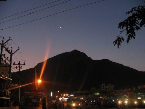 http://foto.mail.ru/mail/hari_om_tat_sat/india-tiruvannamalay/i-1530.jpg