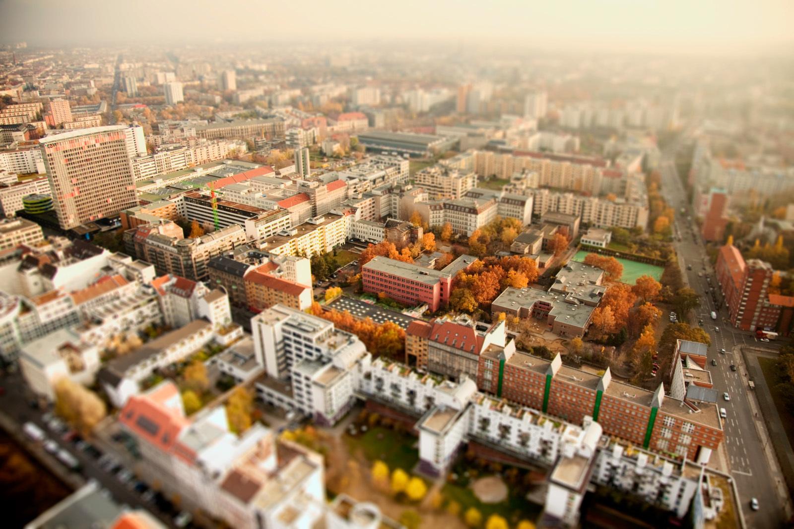 Городские миниатюры Бена Томаса