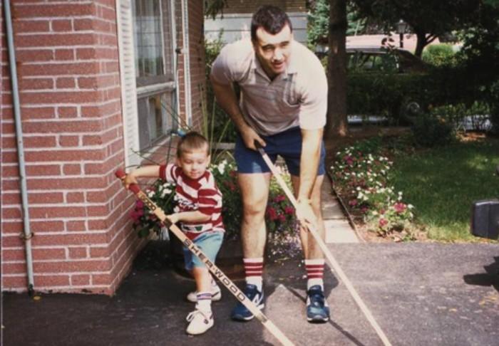 «С момента, когда я получил свою первую пару коньков в 5 лет, отец бил меня каждый божий день»