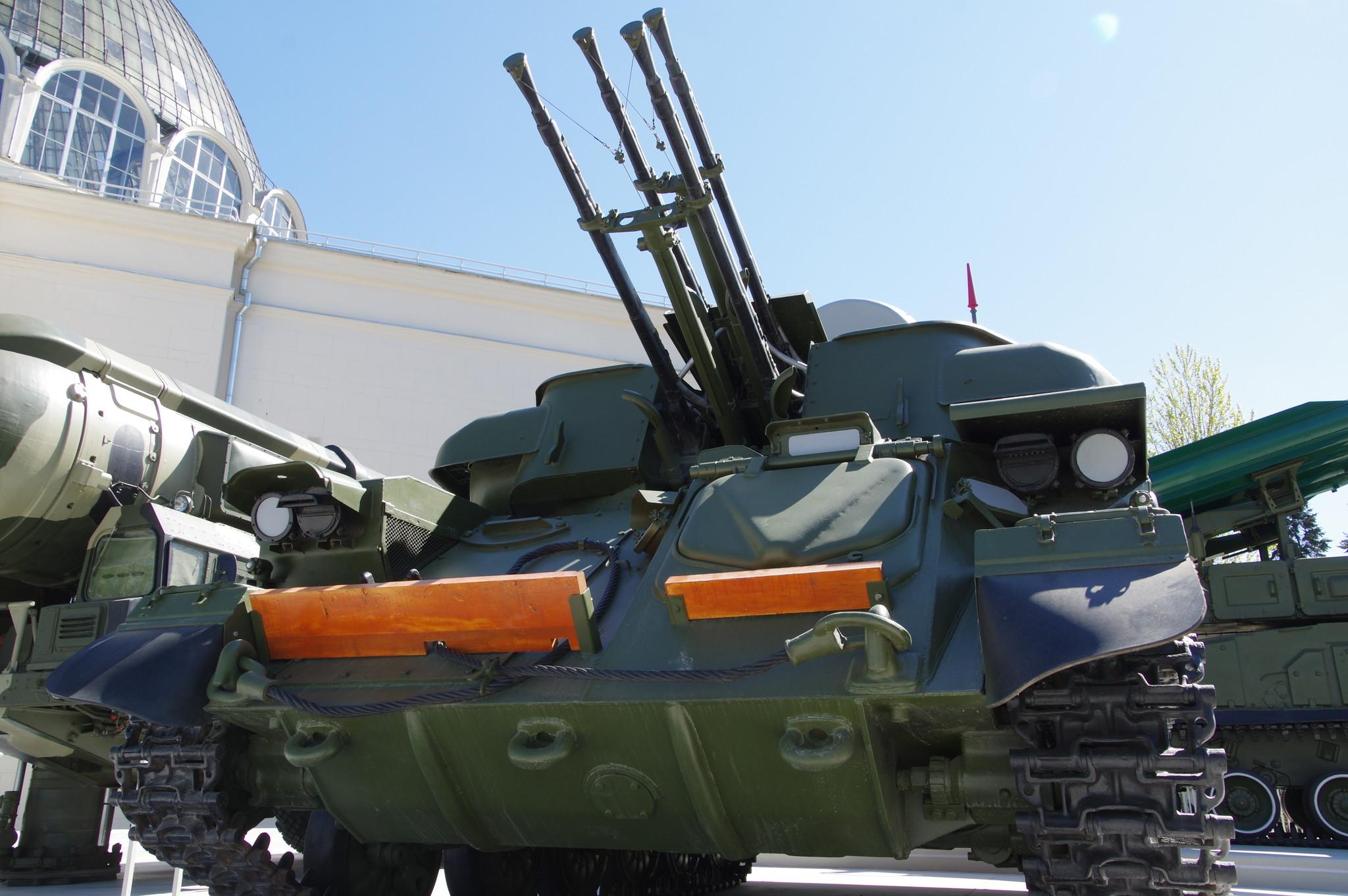 Зенитная самоходная установка «Шилка» на ВДНХ