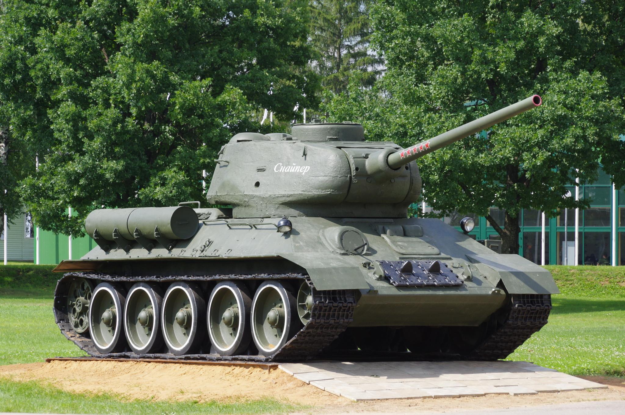 Средний танк Т-34-85 «Снайпер»