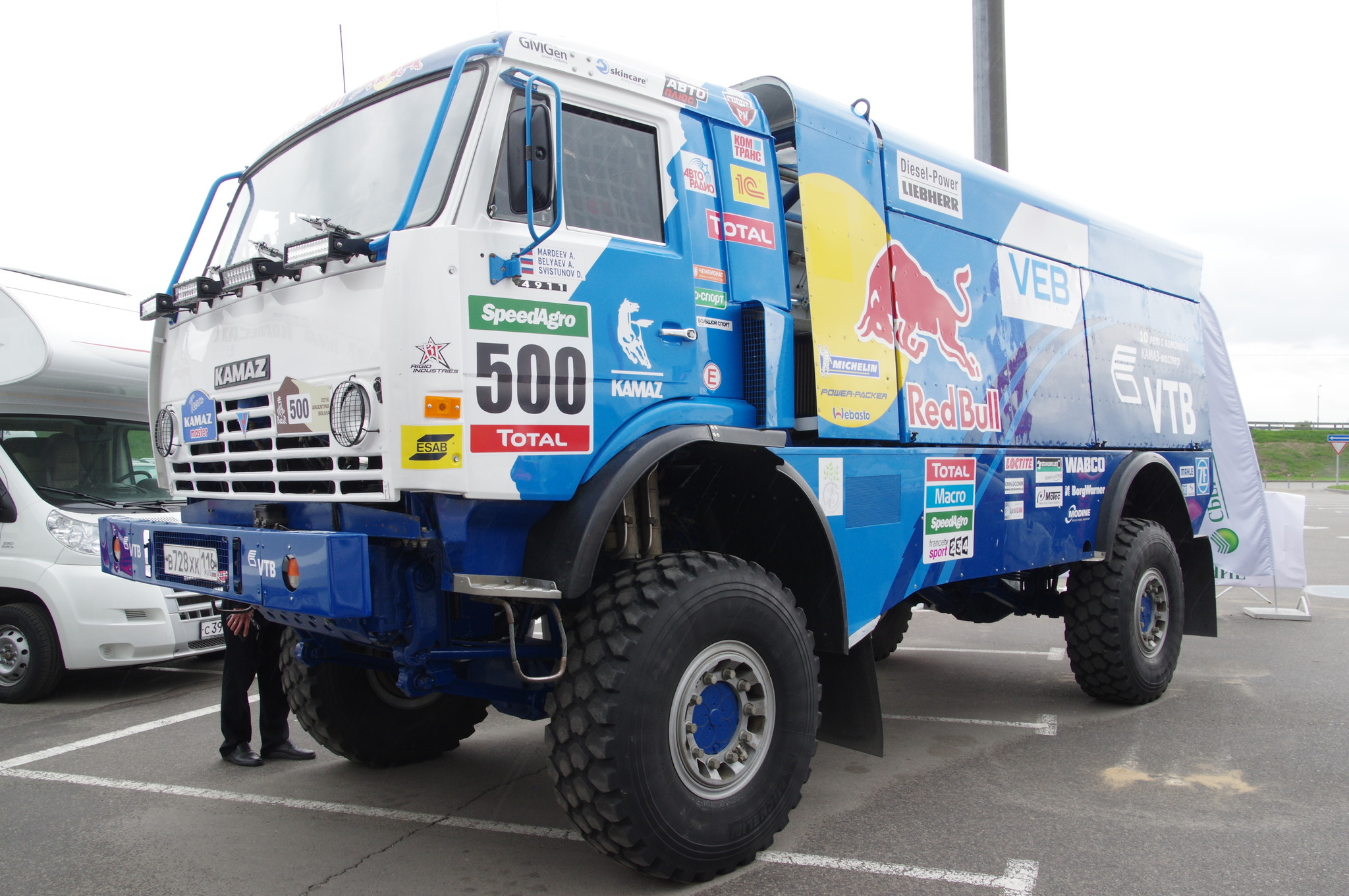 Гоночный грузовик «КАМАЗ-мастер»