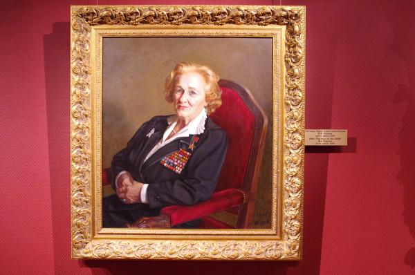 Лётчица, Герой Советского Союза Надежда Васильевна Попова. Александр Шилов, холст, масло, 2005