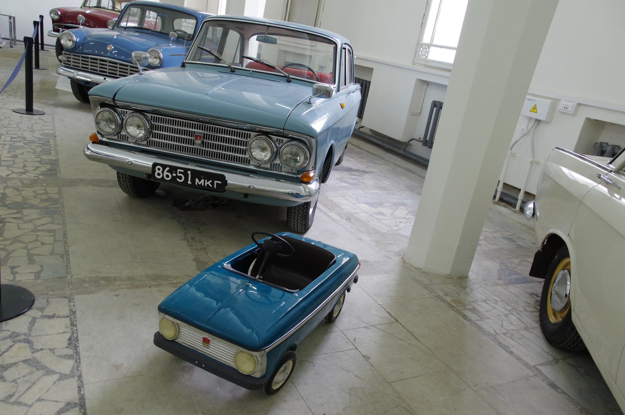 Выставка «Машины нашего двора» на ВДНХ