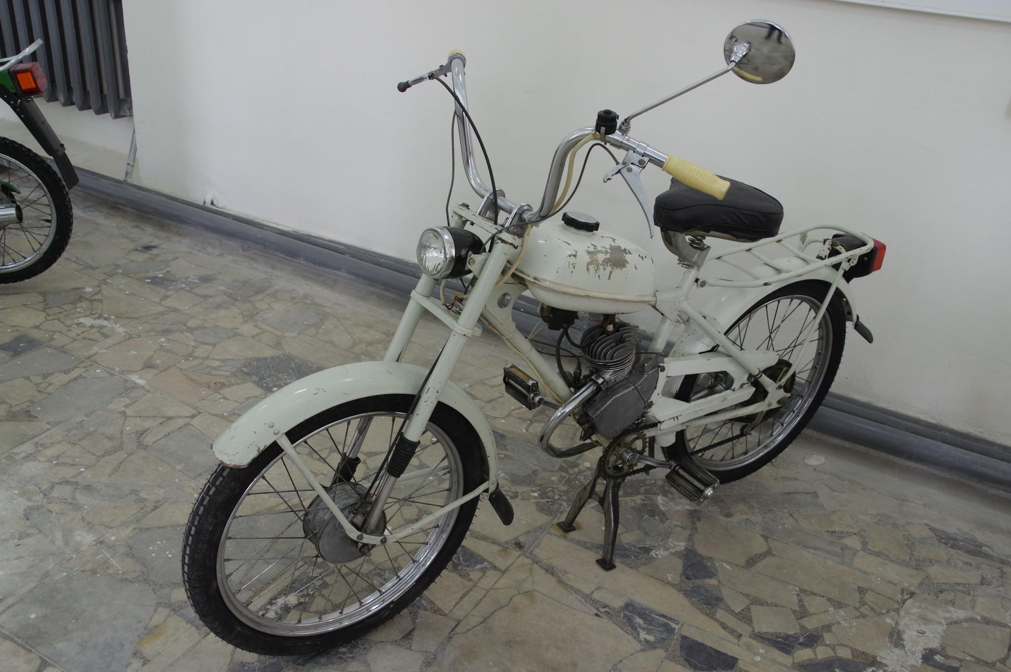 Мопед «Рига-13»