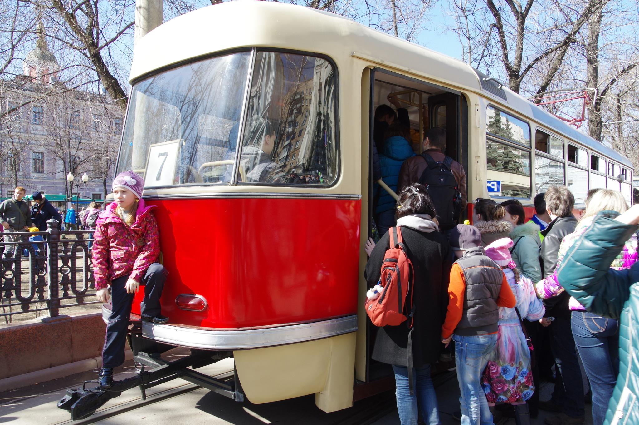 Парад трамваев 11 апреля 2015 года