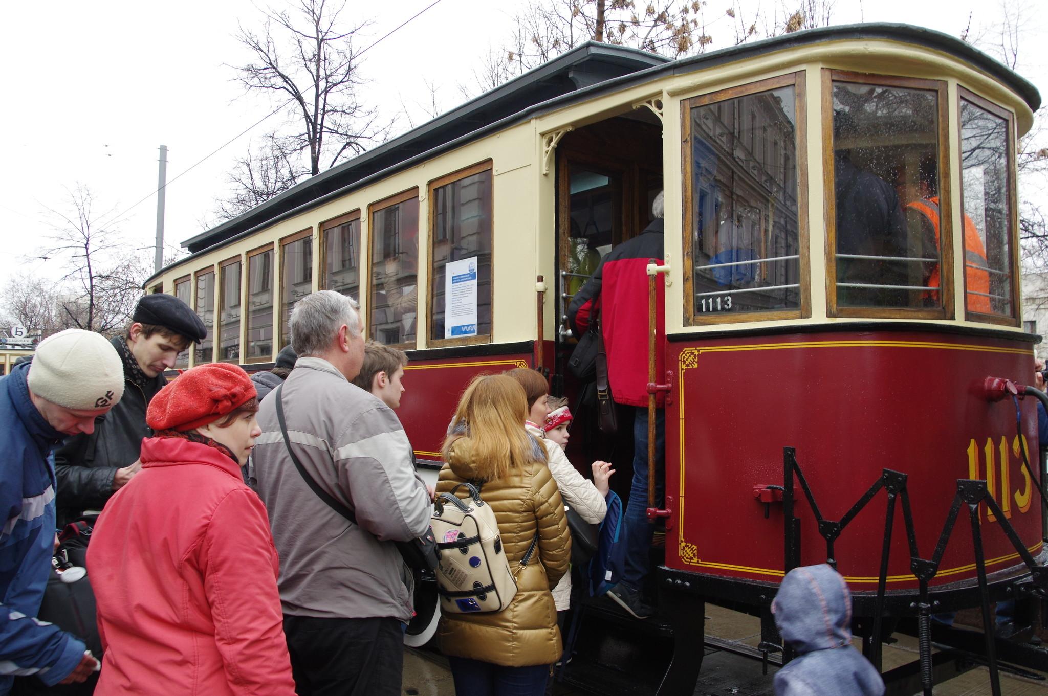Прицепной трамвайный вагон типа «Н» («Нюрнбергский») на Чистопрудном бульваре
