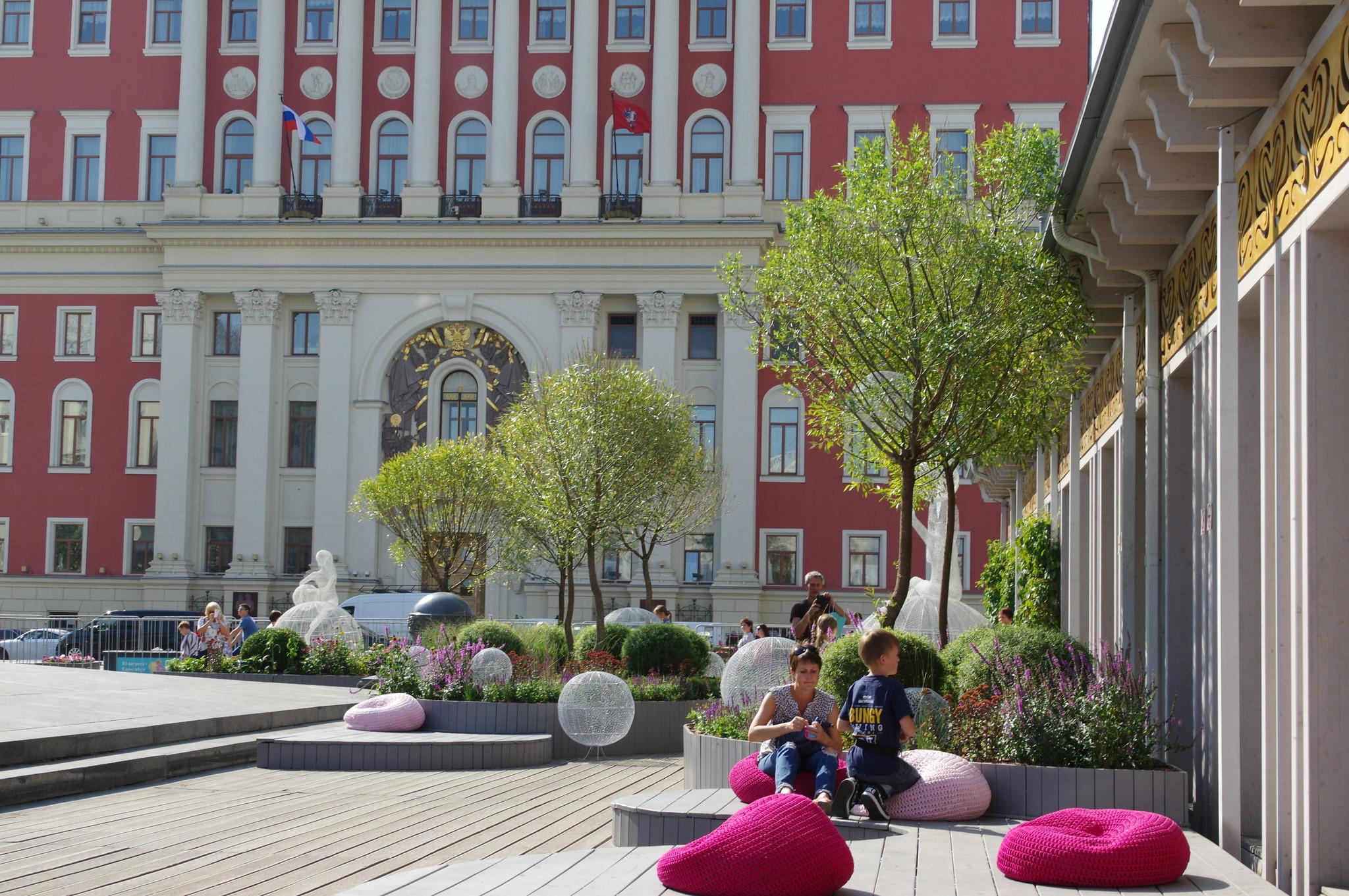 Фестиваль городского ландшафтного дизайна «Цветочный джем» на Тверской площади