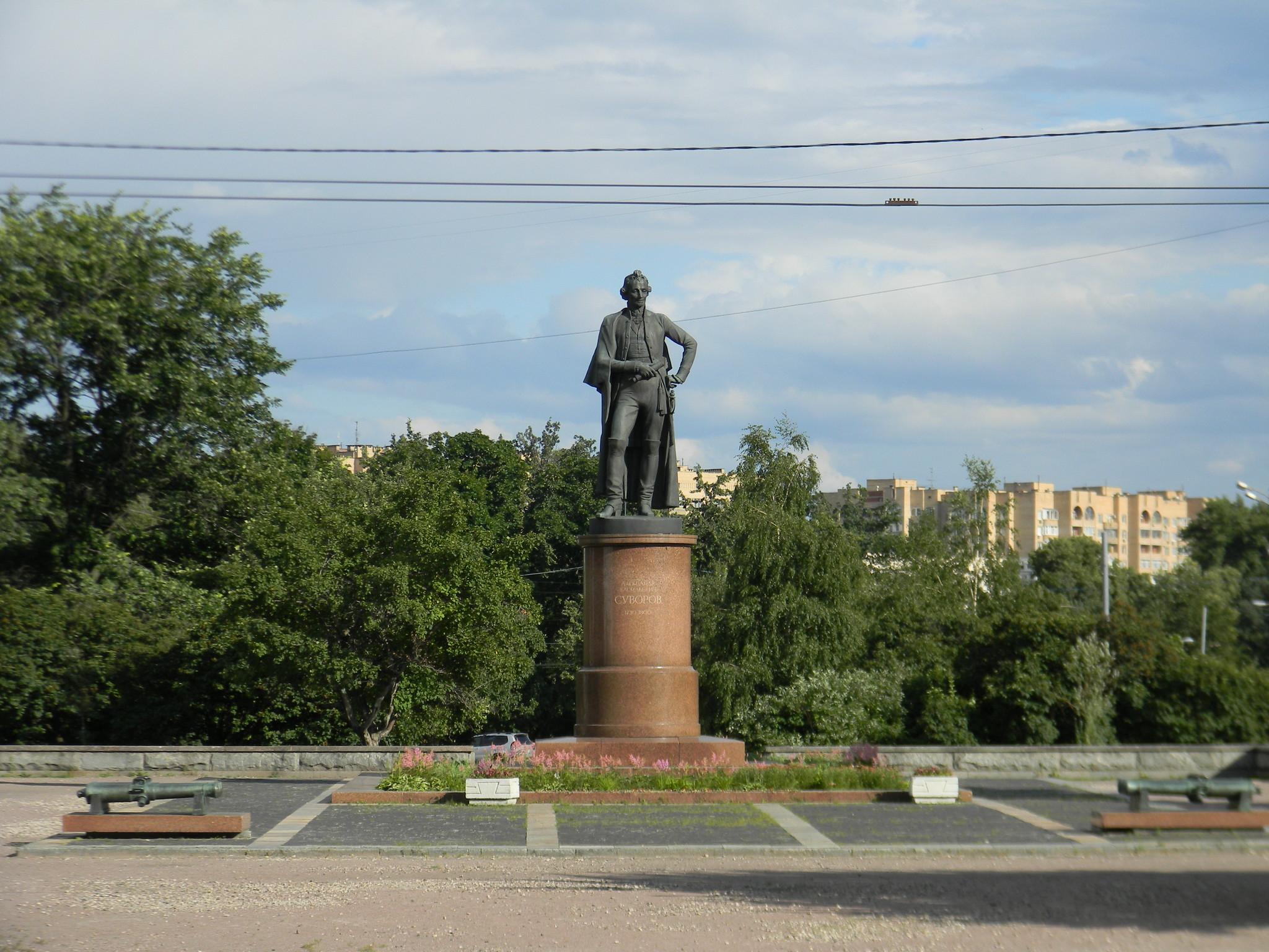 Памятник А.В. Суворову на Суворовской площади