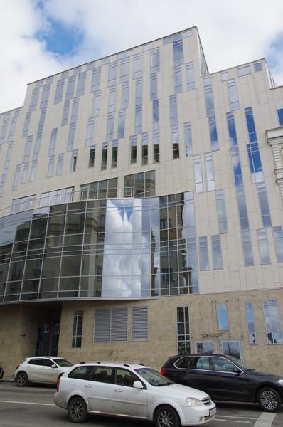 Здание Московского театра под руководством Олега Табакова (улица Гиляровского, владение 2-4)