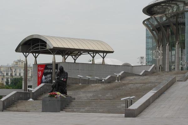 Главная лестница ведущая в Светлановский зал Дома музыки