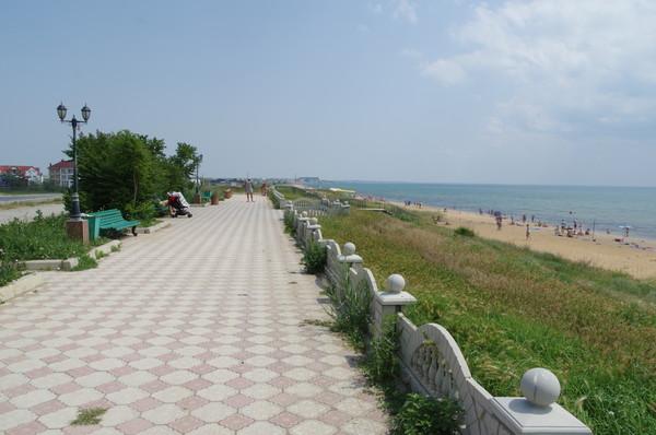 Береговое — село на юго-восточном побережье Крыма