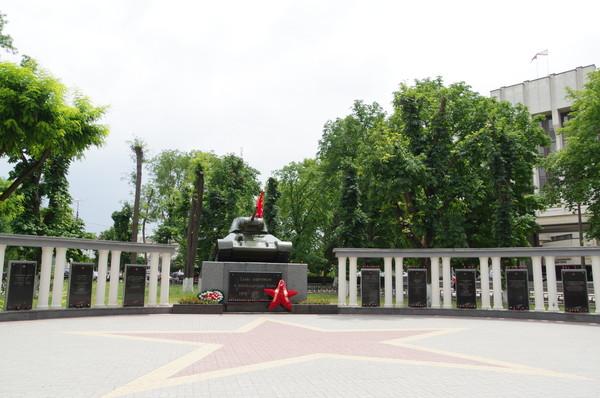 Танк-памятник освободителям Симферополя — танк-памятник Великой Отечественной войны, установленный в 1944 году в Симферополе в Пионерском парке (ныне сквер Победы) в честь освободителей города