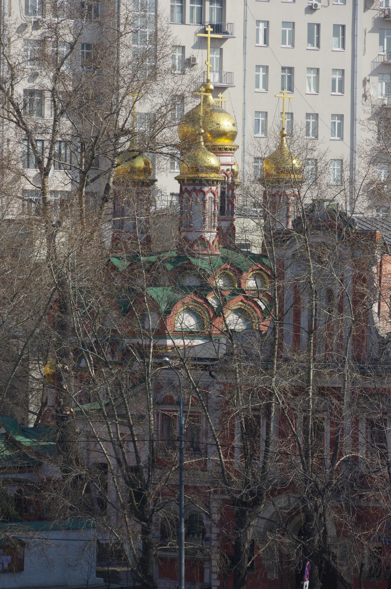 Храм Николая Чудотворца на Берсеневке (Берсеневская набережная, 18-22)