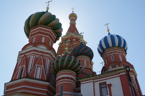 Собор Покрова Пресвятой Богородицы, что на Рву в народе более известен как храм Василия Блаженного