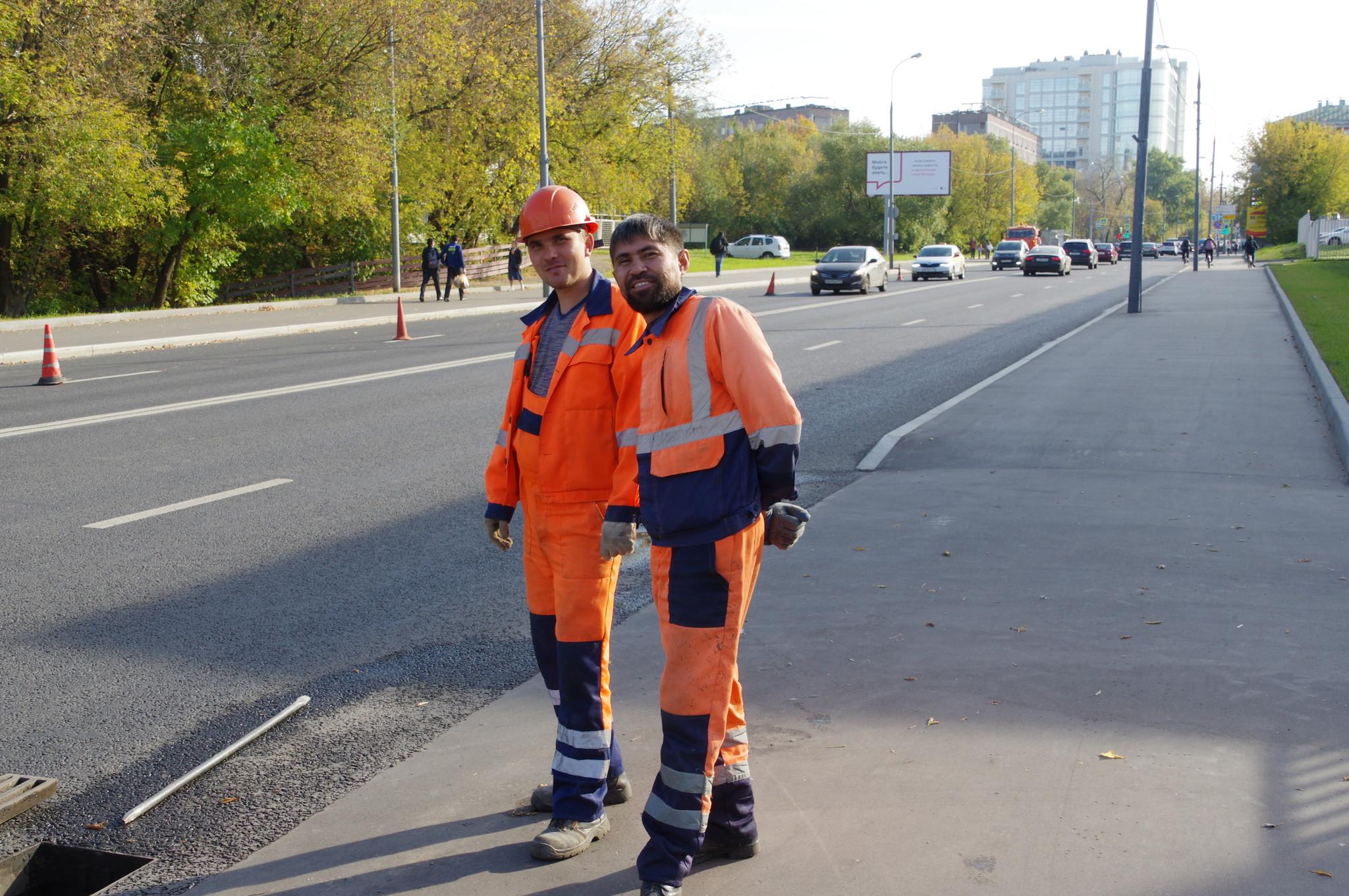 Обслуживание и прочистка ливневой канализации на улице Вильгельма Пика