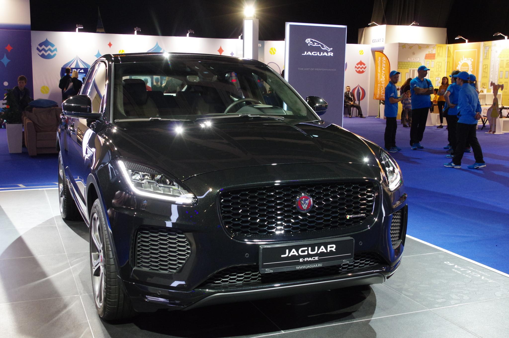 Кроссовер Jaguar Е-ПACE