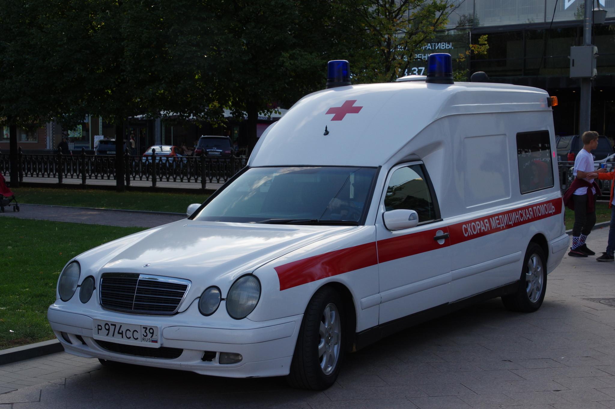 Автомобиль скорой медицинской помощи на Цветном бульваре