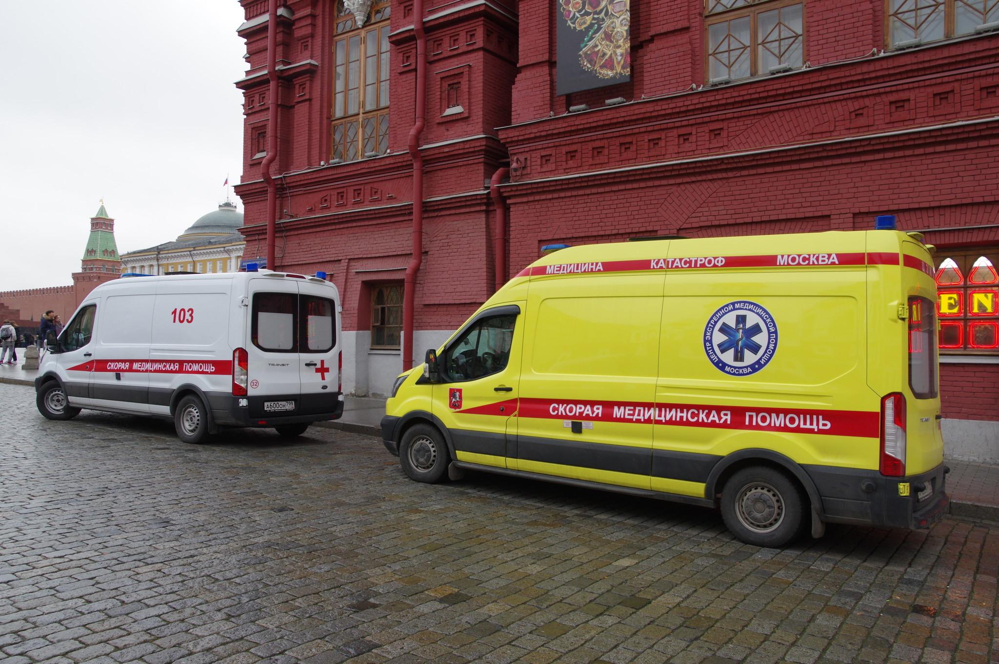 Автомобиль скорой медицинской помощи на Красной площади