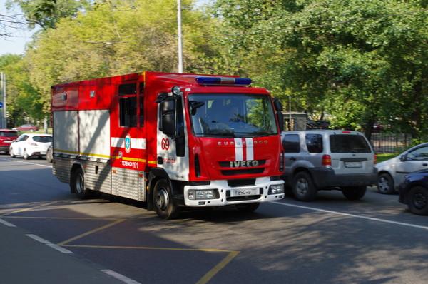 Пожарная машина на улице Вильгельма Пика