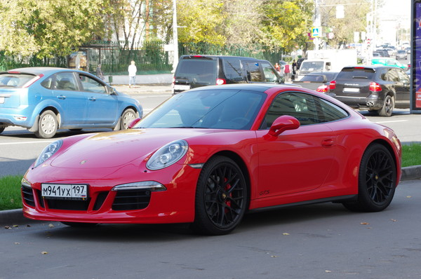 Автомобиль Porsсhe 911 Carrera GTS