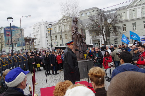 14 октября 2015 года на площади Разгуляй был открыт памятник 7-й дивизии народного ополчения Бауманского района