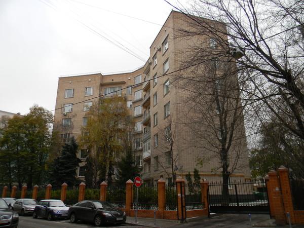 Жилой дом работников ЦК КПСС (Леонтьевский переулок, дом 15)