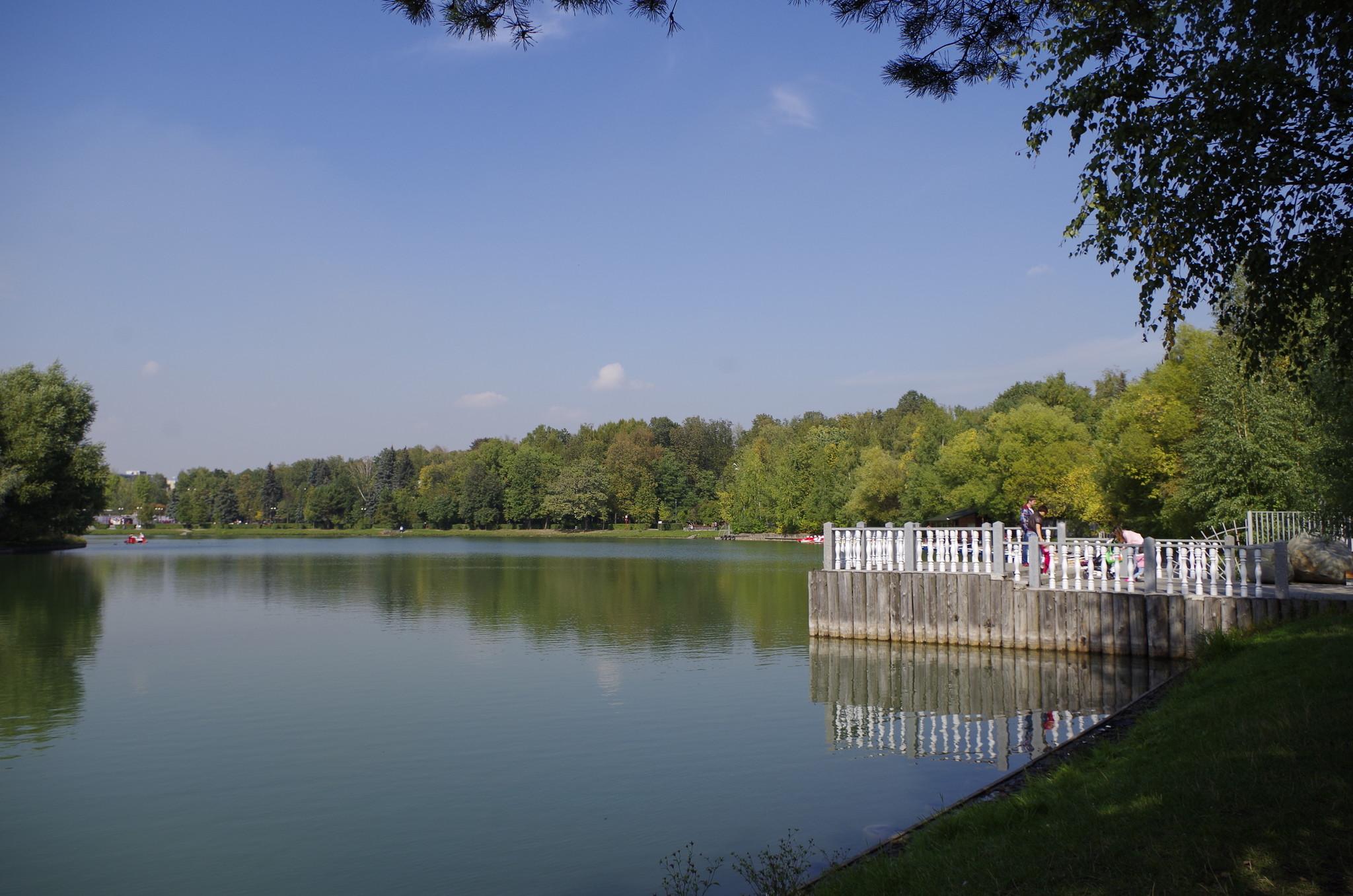 Круглый пруд. Измайловский парк культуры и отдыха