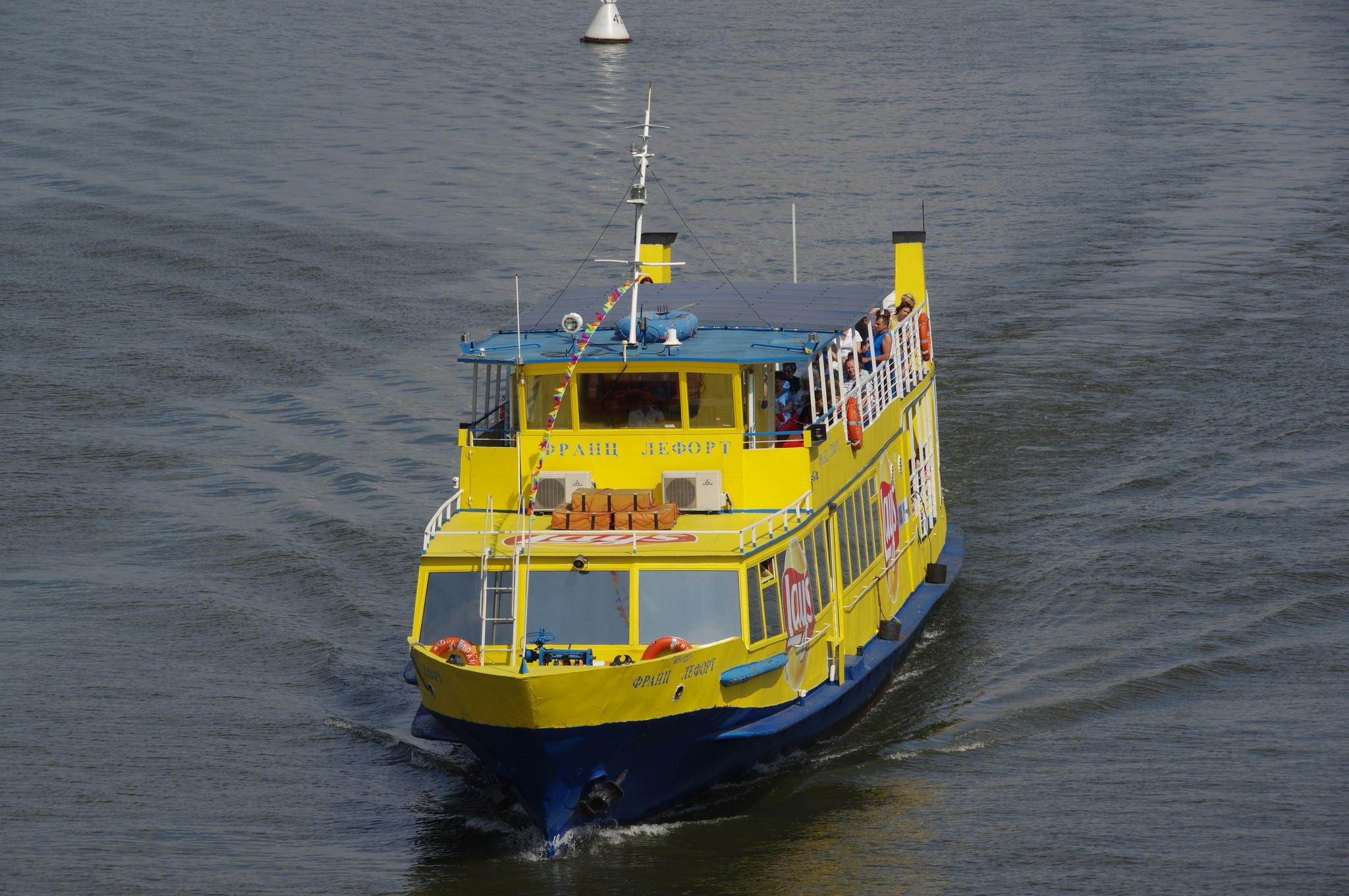 Теплоход «Франц Лефорт» (судно проекта 1430)