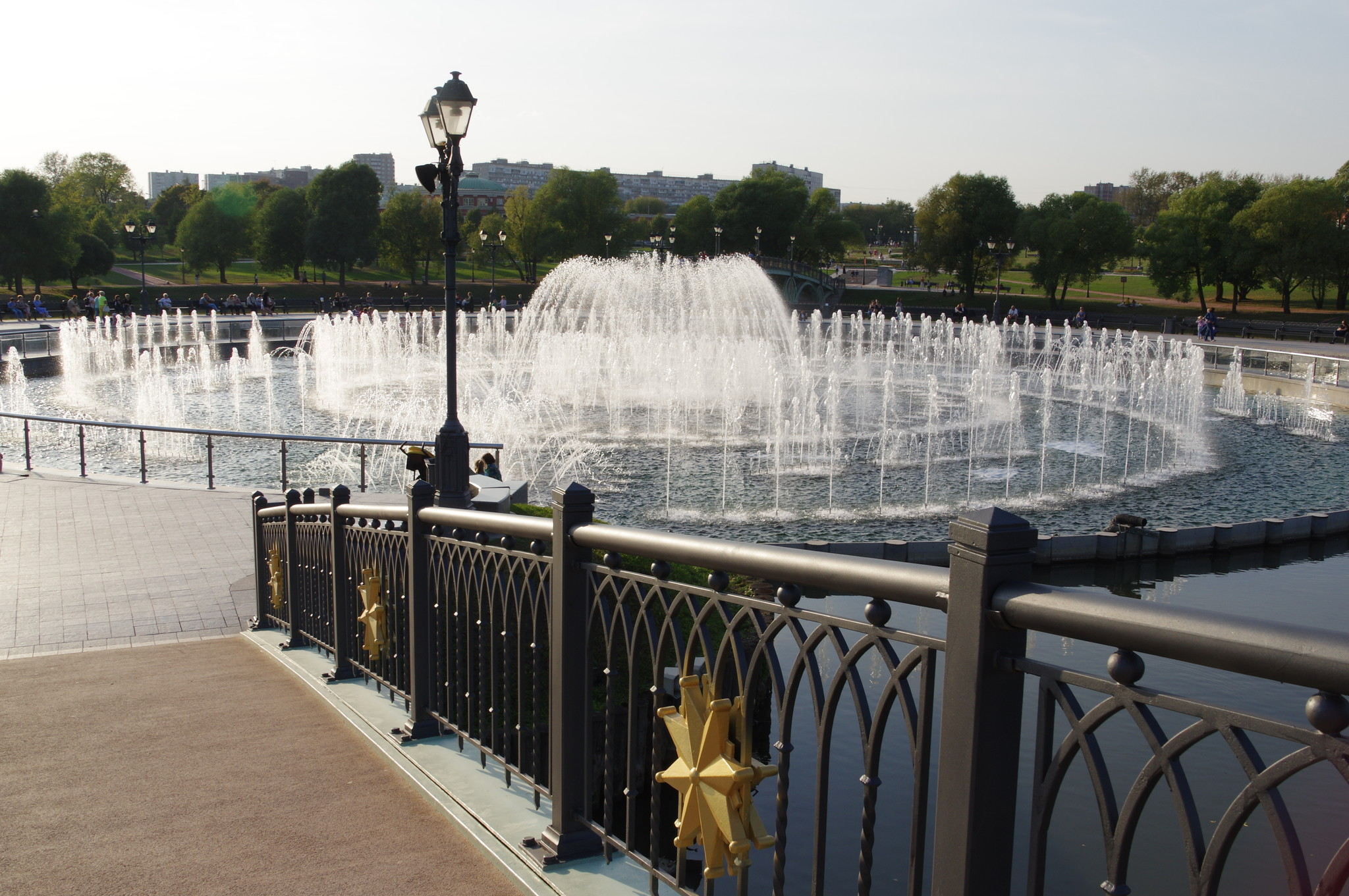 Светомузыкальный фонтан в музее-заповеднике «Царицыно»