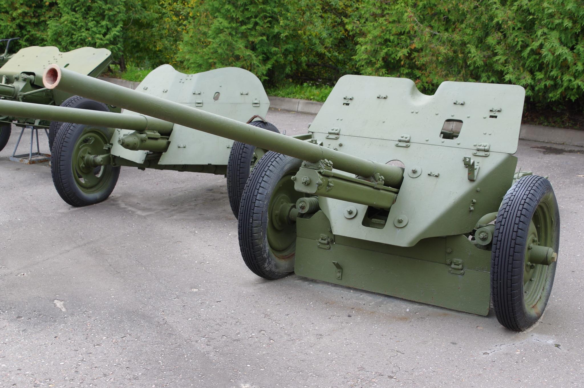45-мм противотанковая пушка М-6 в экспозиции Центрального музея Великой Отечественной войны 1941-1945 гг.