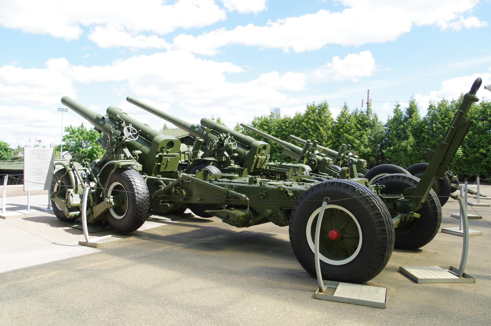 203-мм гаубица большой мощности Б-4М образца 1931 года в экспозиции Центрального музея Великой Отечественной войны 1941-1945 гг.