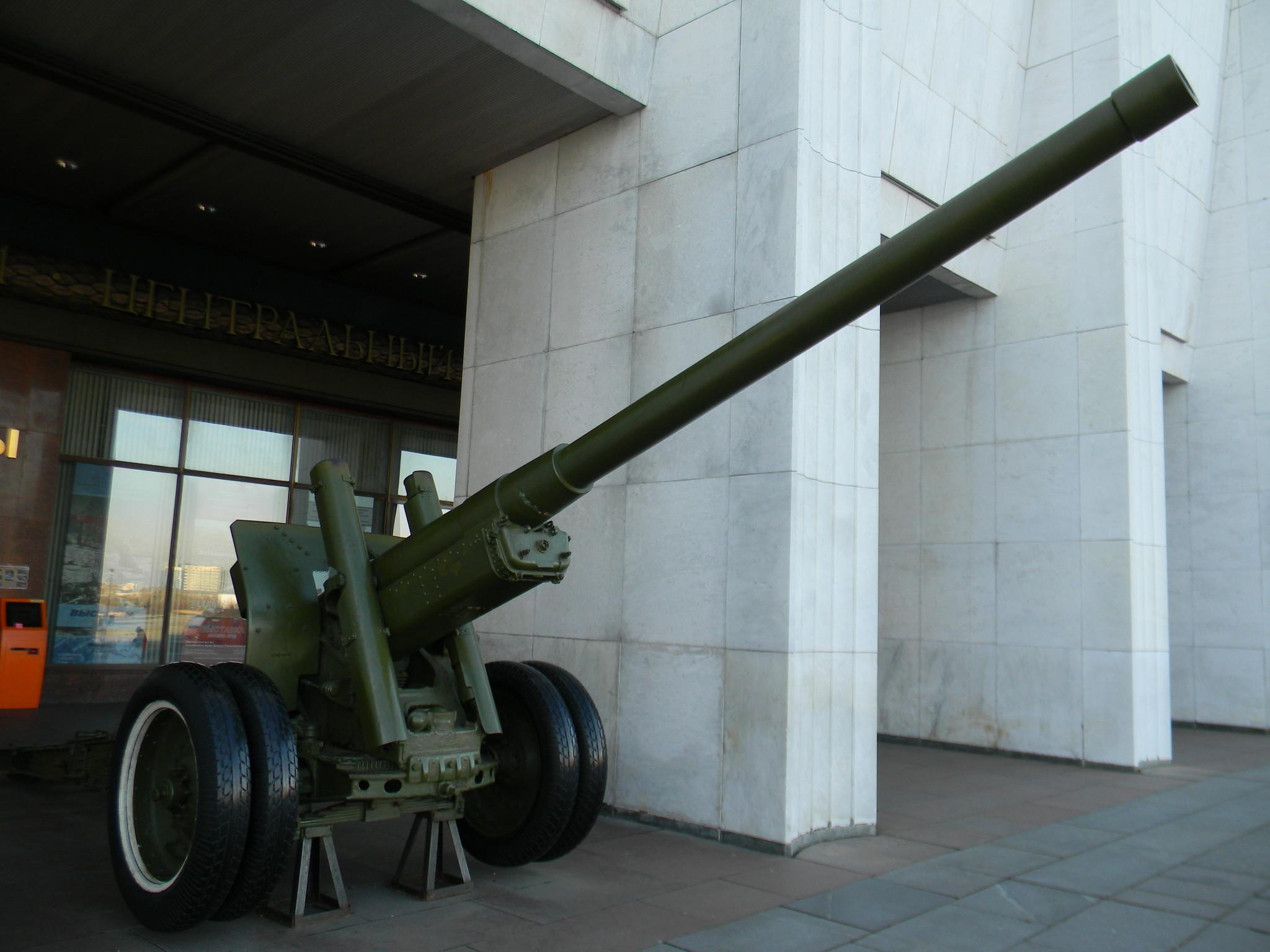 122-мм корпусная пушка образца 1931/37 годов А-19 (Музей Победы)