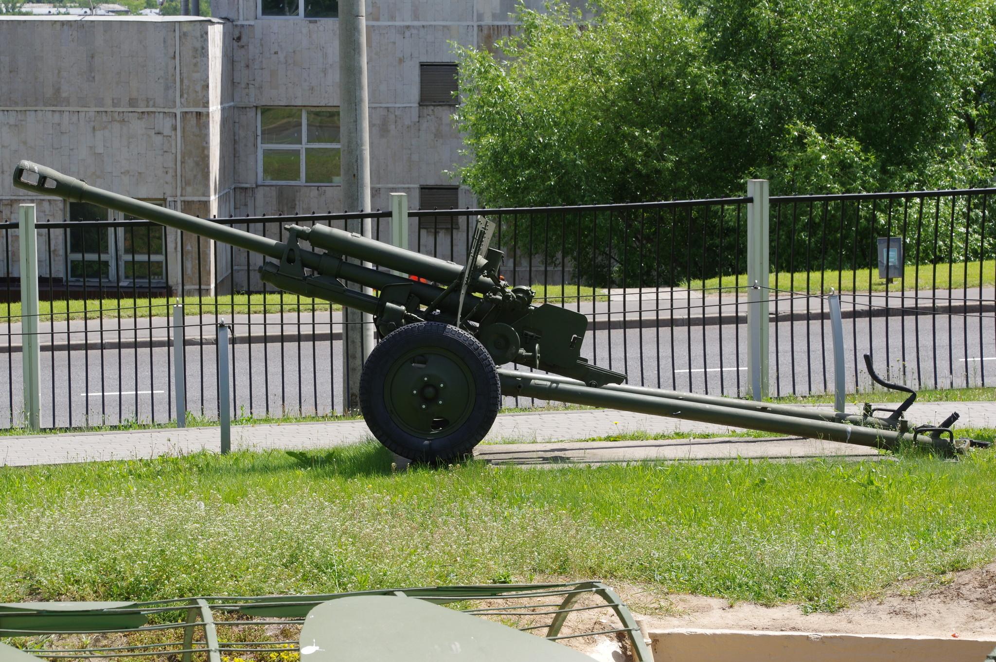 76-мм дивизионная пушка образца 1942 года (ЗИС-3) в экспозиции Центрального музея Великой Отечественной войны 1941-1945 гг.