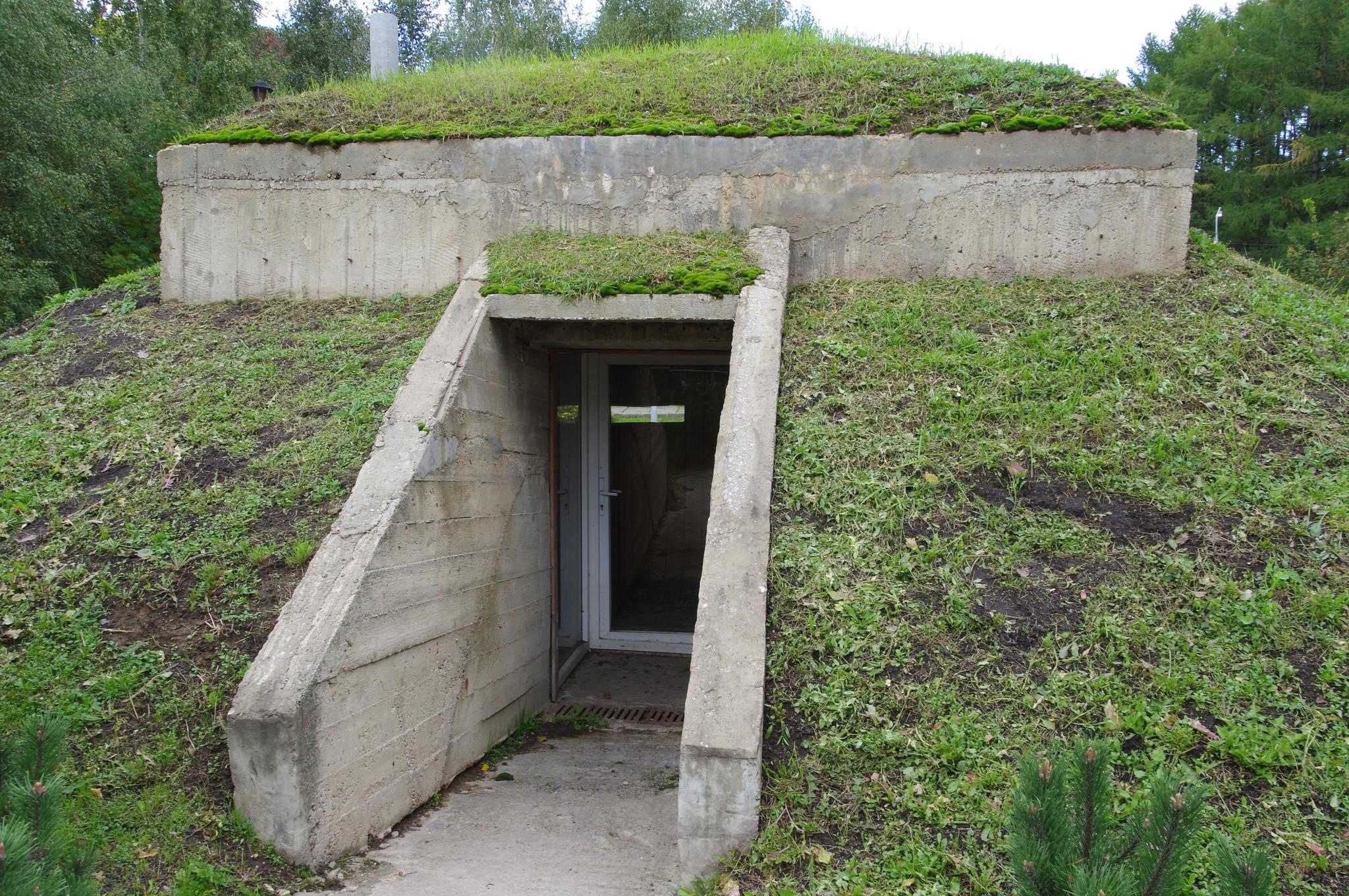 Пулемётный ДОТ (Япония) в Музее Победы